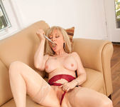 Nina Hartley - Silver Toy - Anilos 19