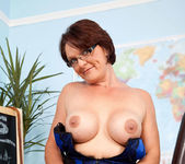 Foxy - Hot Teacher - Anilos 13