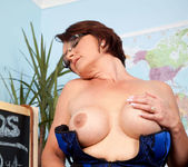 Foxy - Hot Teacher - Anilos 15