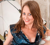Sofia Rae - Heelsandstockings 5