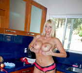 Karen Fisher - Kitchen Toy 4