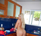 Karen Fisher - Kitchen Toy 5