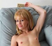 Josie - Polkadot Pussy - Anilos 7