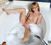 Josie - Bubble Bath - Anilos 2