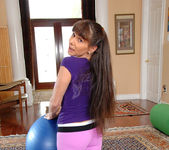Alexandra Silk - Cameltoe Workout 2