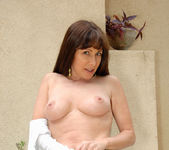 Alexandra Silk - Outdoor Milf 17