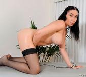 Tacori Blu - Pussy Massage 14