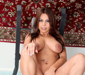 Bella - Athletes Milf - Anilos 21