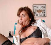 Bella Roxxx - Office - Anilos 15