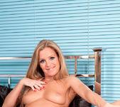 Louise Dakotah - Bed Pussy 8