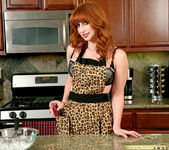 Amber Dawn - Kitchen - Anilos 2