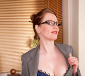 Holly Kiss - Office - Anilos 2