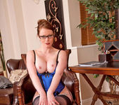 Holly Kiss - Office - Anilos 9