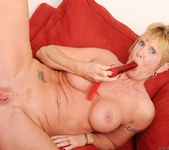 Honey Ray - Red Toy - Anilos 21