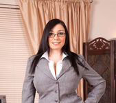Michelle Bond - Office - Anilos 2