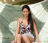 Nikki Daniels - Outdoor Cradle 6
