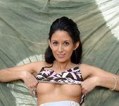 Nikki Daniels - Outdoor Cradle 11