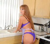 Darla Crane - Housewife - Anilos 3