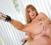 Darla Crane - Housewife - Anilos 20