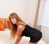 Darla Crane - Bedroom - Anilos 6