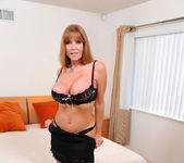 Darla Crane - Bedroom - Anilos 9