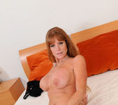 Darla Crane - Bedroom - Anilos 20
