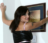 Lola Lynn - Redhot Maid - Anilos 4