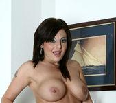 Lola Lynn - Redhot Maid - Anilos 14
