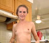 Sara James - Kitchen - Anilos 9