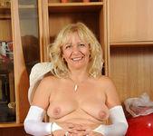 Sara Lynn - Socks - Anilos 15