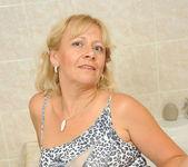 Sara Lynn - Bathroom - Anilos 3