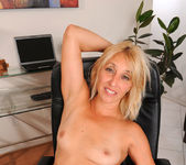 Andi Roxxx - Office - Anilos 6