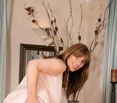 Josephine James - Elegant - Anilos 9
