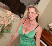 Cassy Torri - Vibrator - Anilos 9