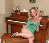 Cassy Torri - Vibrator - Anilos 11