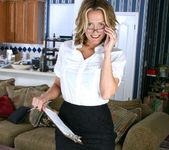 Jolie - Horny Secretary - Anilos 5