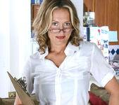 Jolie - Horny Secretary - Anilos 6