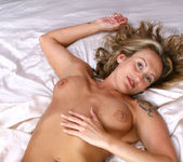 Jolie - Bed Fun - Anilos 11