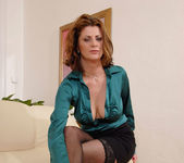 Maiky - Business Woman - Anilos 8