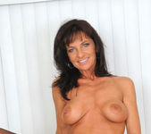 Sarah Bricks - Milf Toy - Anilos 9