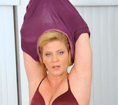 Ginger Lynn - Glass Toy - Anilos 3