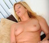Ginger Lynn - Dildo Fuck - Anilos 6