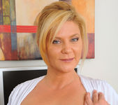 Ginger Lynn - Magic Wand - Anilos 5