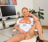 Ginger Lynn - Magic Wand - Anilos 7