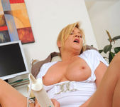 Ginger Lynn - Magic Wand - Anilos 14
