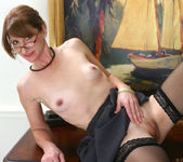 Kimberly - Office Cougar - Anilos 18