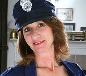Kimberly - Police Milf - Anilos 7