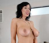 Alia Janine - Anilos Tits 10