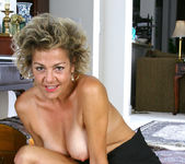 Vanessa - Black Skirt - Anilos 13