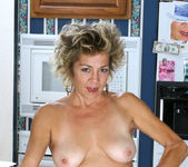 Vanessa - Anilos Housewife 10